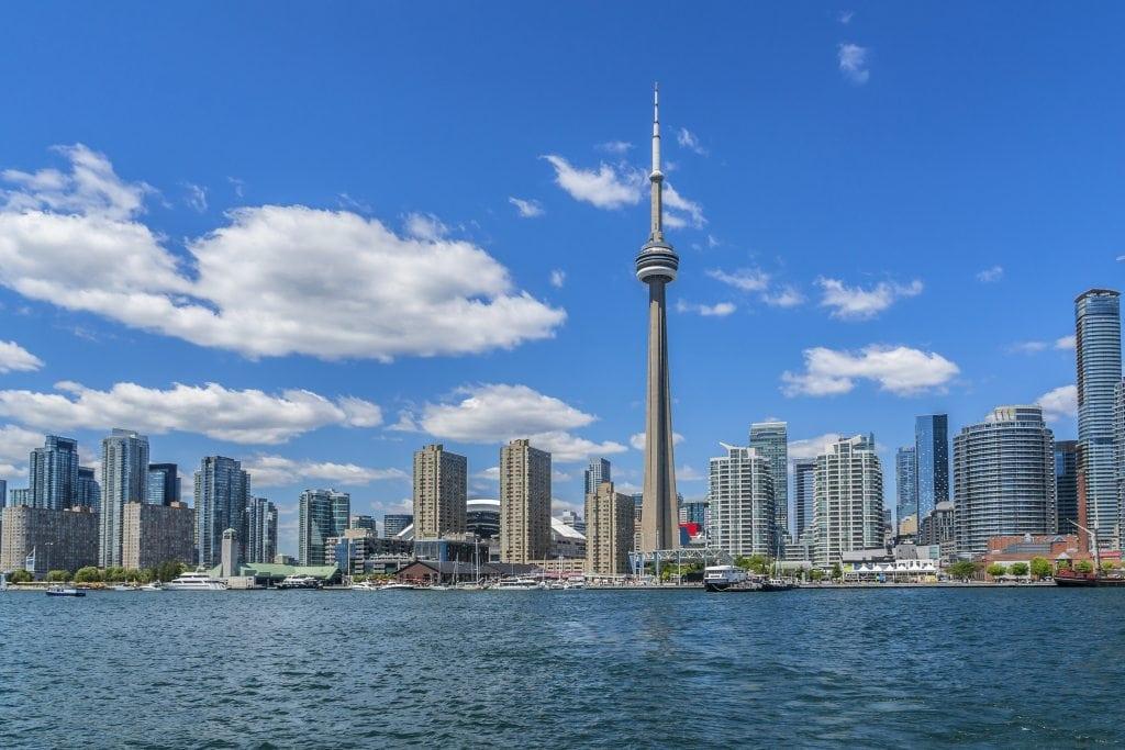 Toronto CN Tower Cargo Cabbie moving